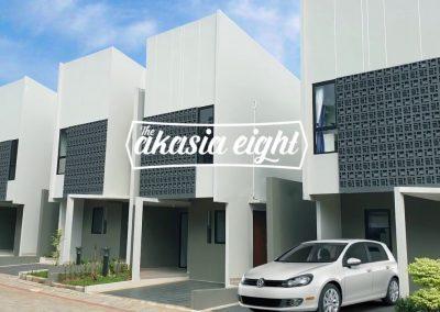 Akasia Eight